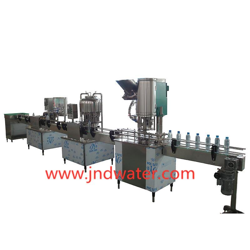 Машина для розлива напитков в бутылки 1000-2000 бут / час