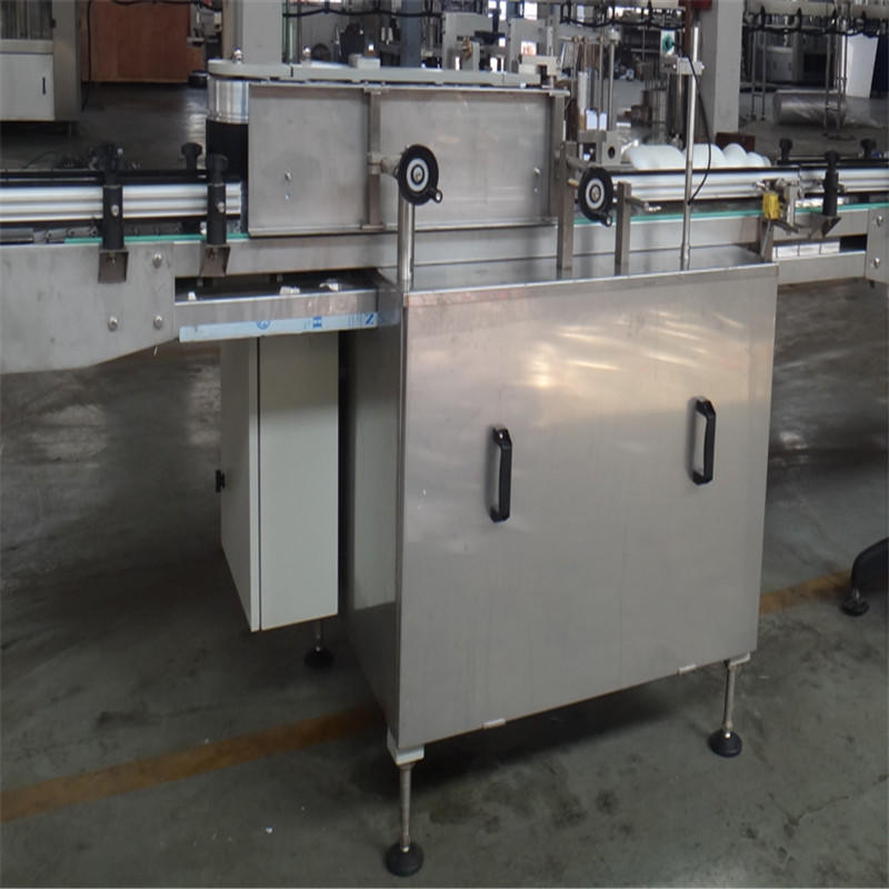 J&D WATER anti-rust semi automatic labeling machine standard for glass bottle