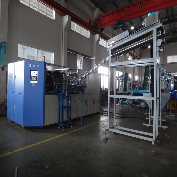 J&D WATER pet blow moulding machine effortlessly for beverage