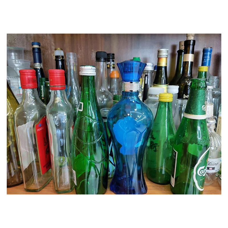 الزجاج زجاجة