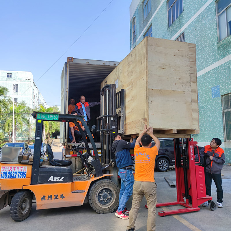 news-JD WATER-Water Filling machine and water treatment packaged and shipped-img-1